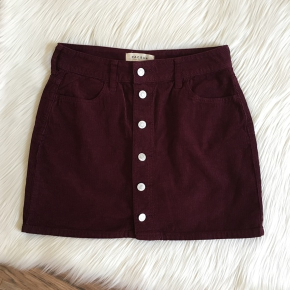 3208c1df17 Pacsun Corduroy Button Front Mini Skirt. M_5b528bec5a9d21b04ac5dff8